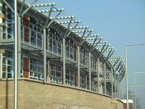 http://www.charleswatts.co.uk/wp-content/uploads/2018/04/large_Access_walkway_and_Brise-Soleil-1.jpg